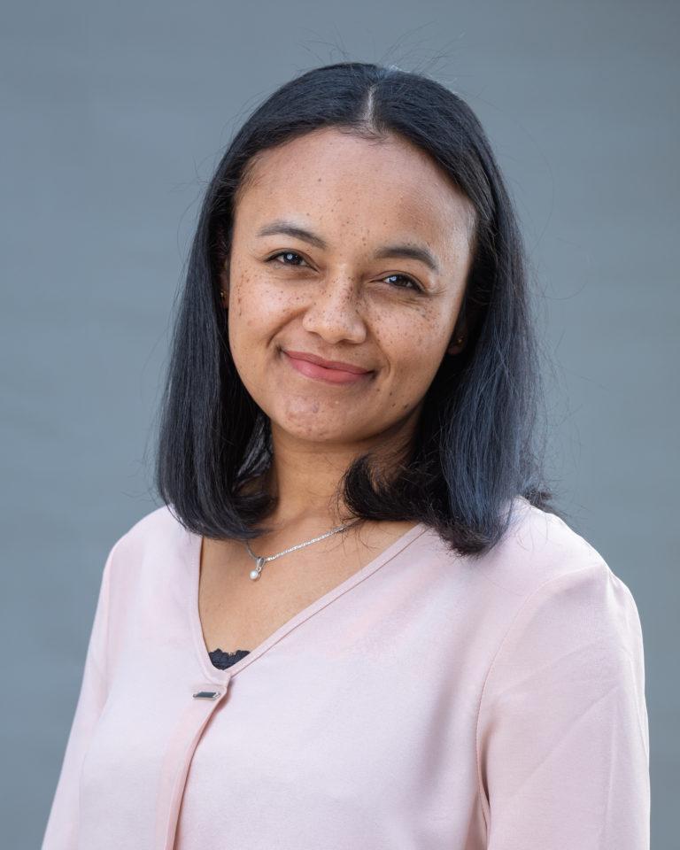 Dr Henintsoa Onivola MINOARIVELO - Madagascar